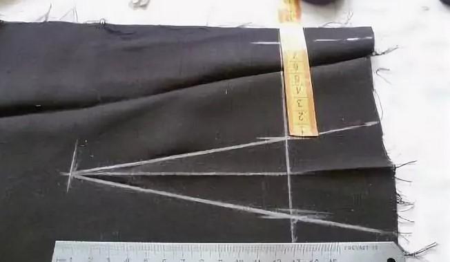 Как заузить штаны снизу в домашних условиях